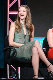 Hilary Duff - TV LAND Younger Panel 2016 Winter TCA Tour in Pasadena