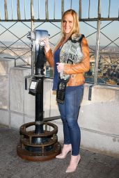Holly Holm & Miesha Tate - Visit The Empire State Building, January 2016