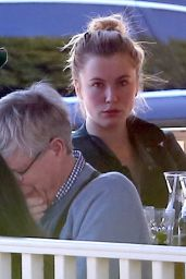 Ireland Baldwin at Le Pain Quotidien in Los Angeles, January 2016