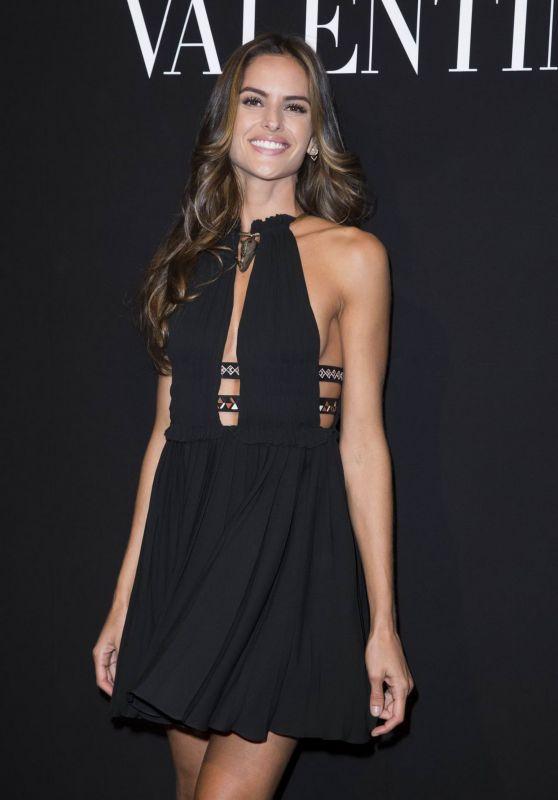 Izabel Goulart - Valentino Menswear Fall-Winter 2016-2017 Fashion Show in Paris, January 2016