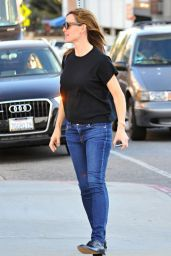 Jennifer Garner Street Style - Out in Santa Monica 1/4/2016
