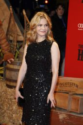 Jennifer Jason Leigh - Hateful 8 Premiere in Berlin