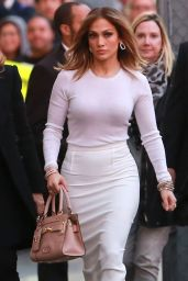 Jennifer Lopez - Outside