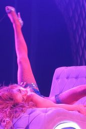 Jennifer Lopez Performs at Opening Night of Her