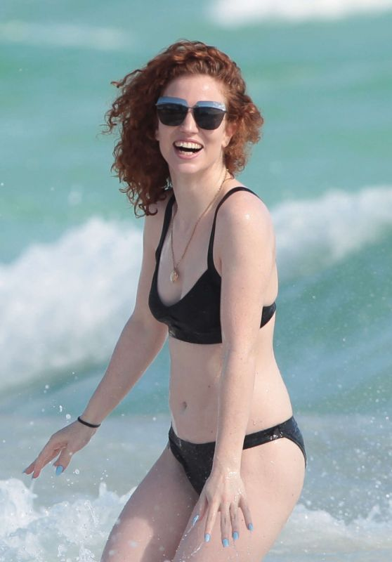 Jess Glynne in Black Bikini - Beach in Miami 1/2/2016