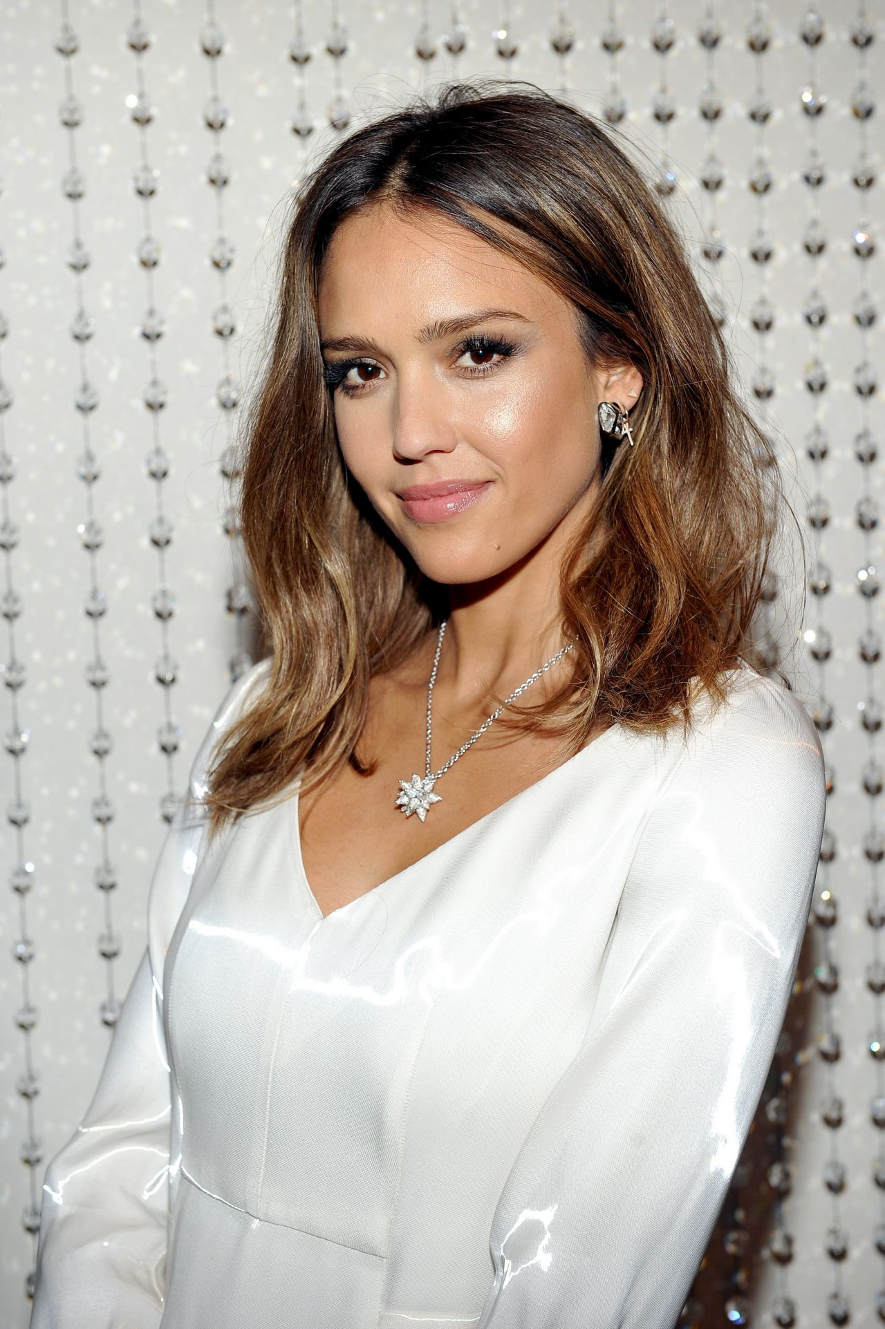 Jessica Alba Galvan S New Collection For Opening
