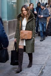 Jessica Alba Winter Style - Shopping in NYC 1/27/2016