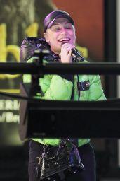 Jessie J - Dick Clark