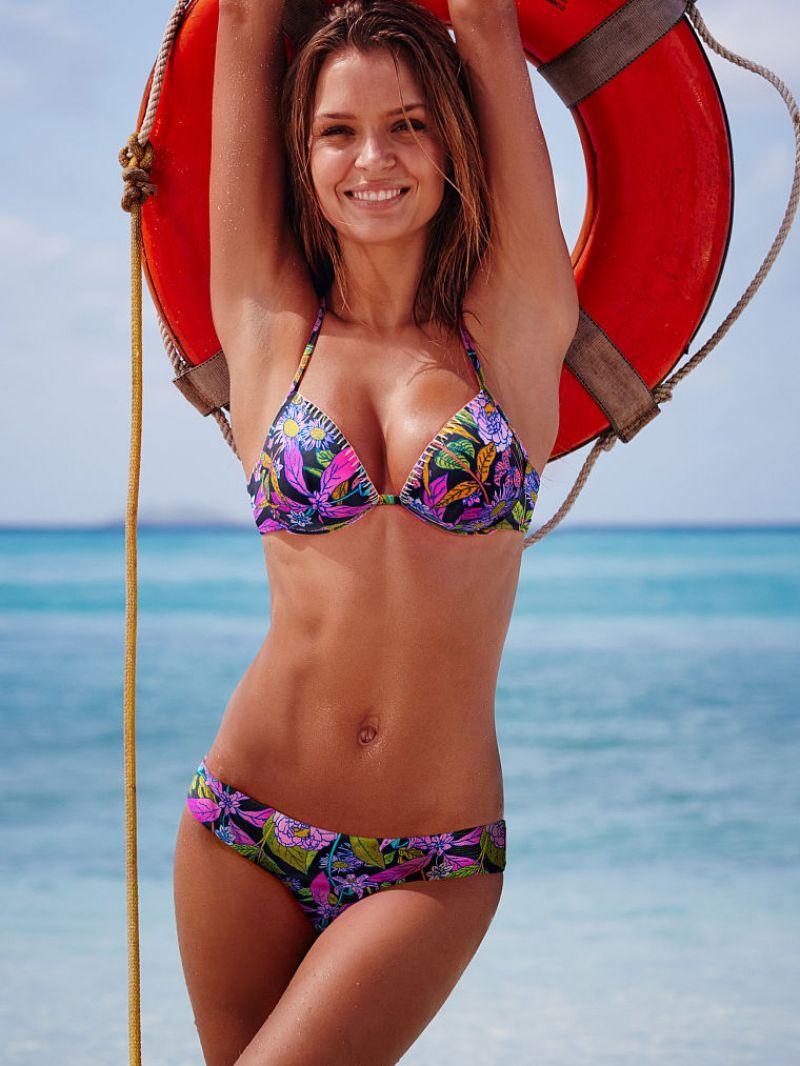 Josephine Skriver In Bikini  Victorias Secret January 2016-2834