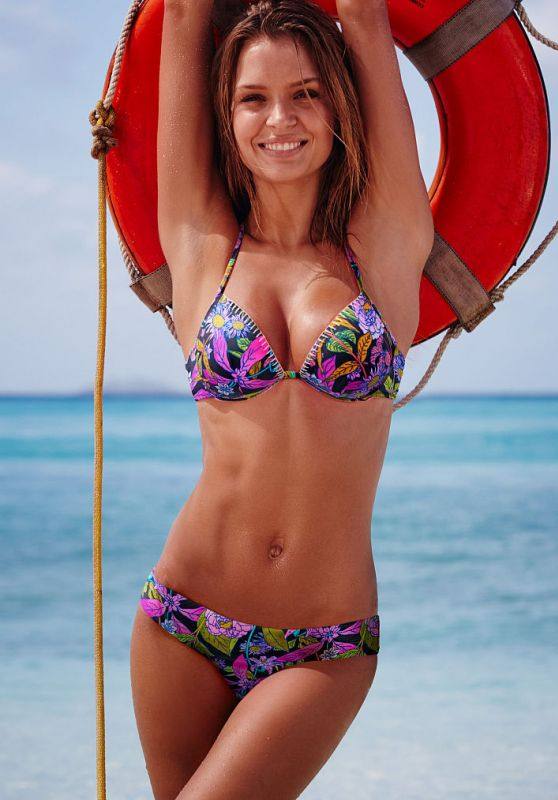 Josephine Skriver in Bikini – Victoria's Secret January 2016