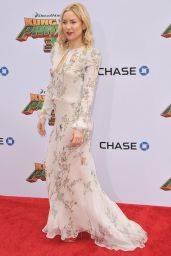 Kate Hudson on Red Carpet  -