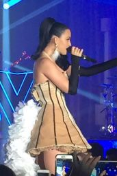 Katy Perry – Performing at a Private New Years Eve Show in Las Vegas 1/3/2016