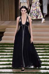 Kendall Jenner - Chanel Haute Couture Spring Summer 2016 Fashion Show in Paris 1/26/2016