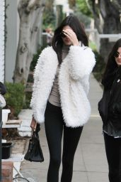 Kendall Jenner Street Style - Out in Los Angeles, CA 1/3/2016