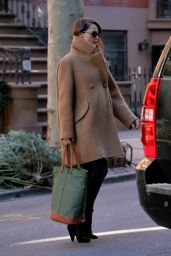 Keri Russell Casual Style - Out in Brooklyn, January 2016