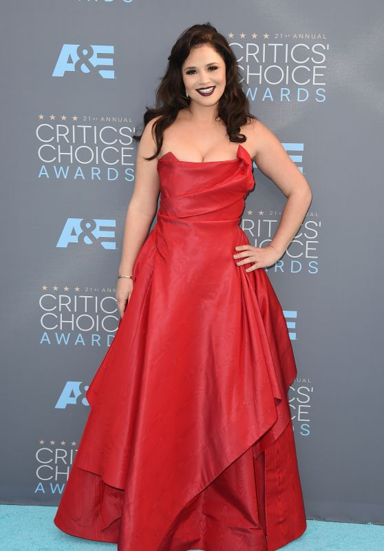 Kether Donohue - 2016 Critics