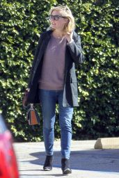 Kirsten Dunst - Out at a Nail Studio in Los Angeles 1/7/2016