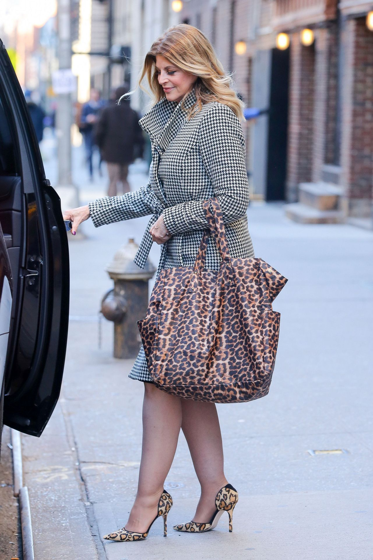 Kirstie Alley – Leaving The Today Show in New York City, January ...