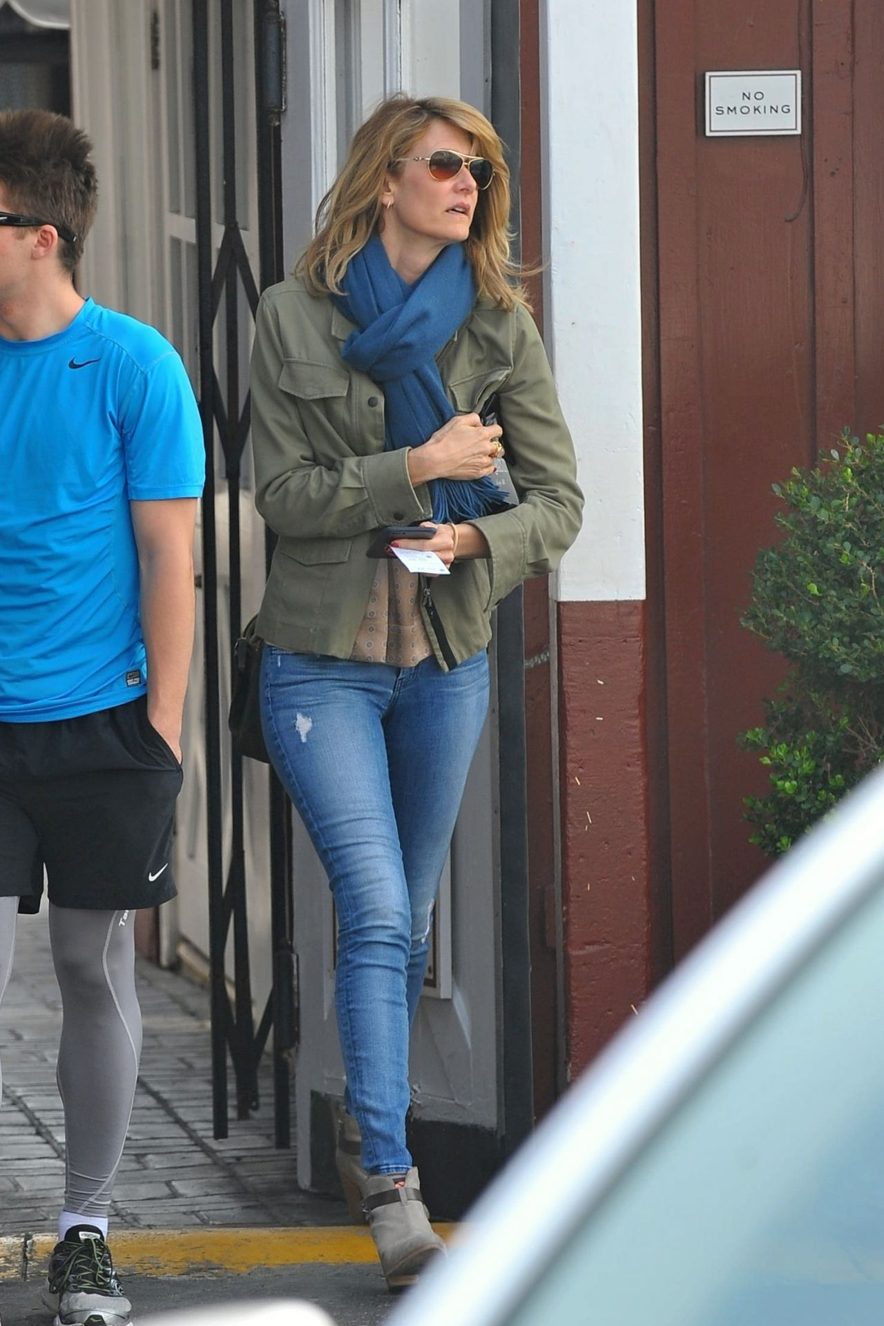 Laura Dern Goes Out For Lunch In Brentwood January 2016