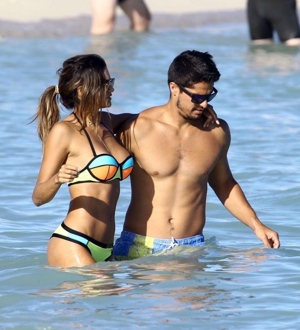 Leryn franco in bikini in miami january 2016 altavistaventures Images