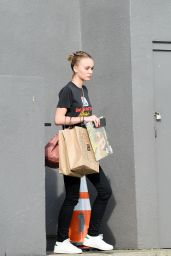 Lily-Rose Depp - Out in Los Angeles, CA 01/13/2016