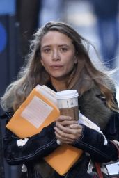 Mary Kate Olsen - Out in New York City, January 2016