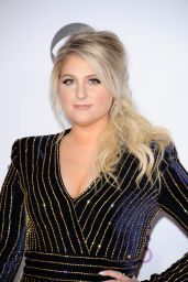 Meghan Trainor – 2016 People's Choice Awards in Microsoft Theater in Los Angeles