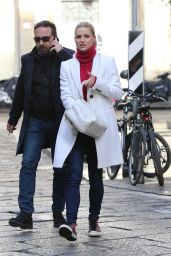 Michelle Hunziker Casual Style - Sighting in Italy, January 2016