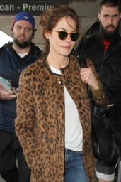 Michelle Monaghan Airport Style - at LAX in Los Angeles 1/11/2016