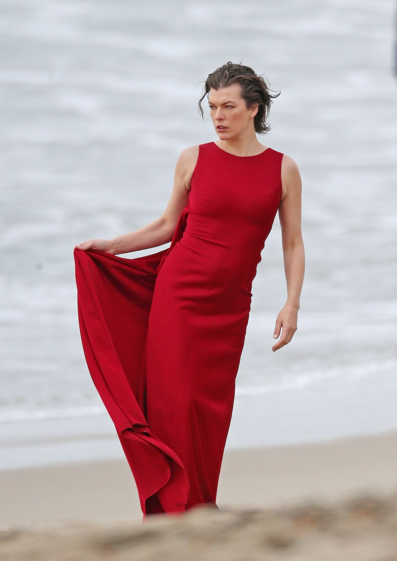 Milla Jovovich - Photo... Milla Jovovich Hellboy