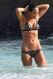 Myleene Klass Hot in Bikini in Thailand 1/6/2016