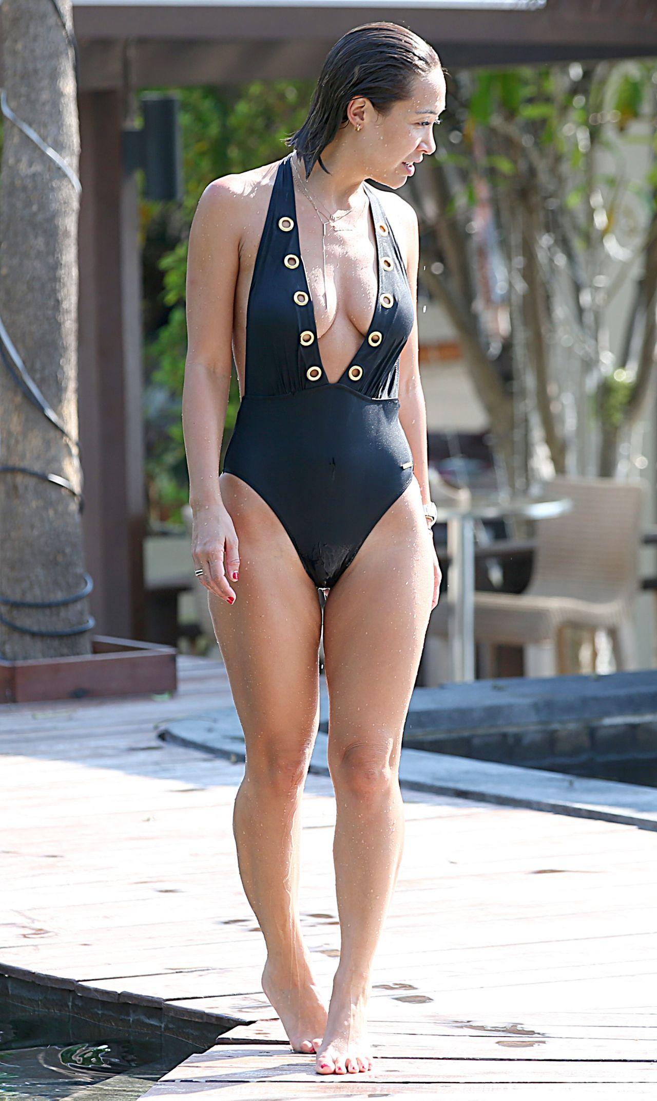 Myleene Klass In Black Swimsuit Poolside Photos