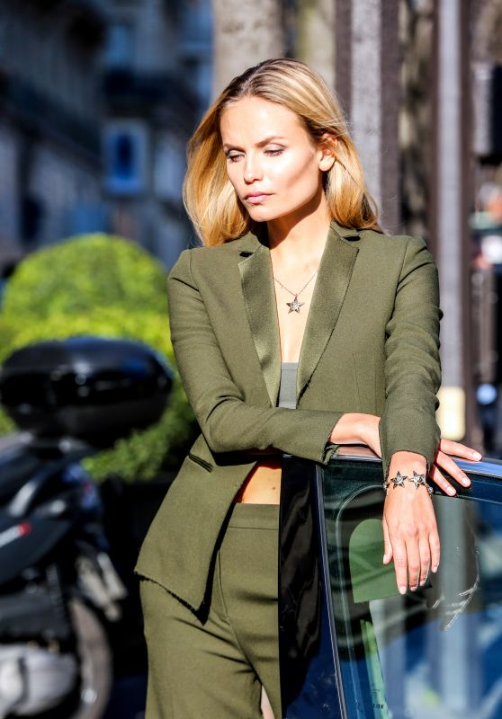 Natasha Poly - Photo Shoot Near the Hotel George V in Paris, January 2016