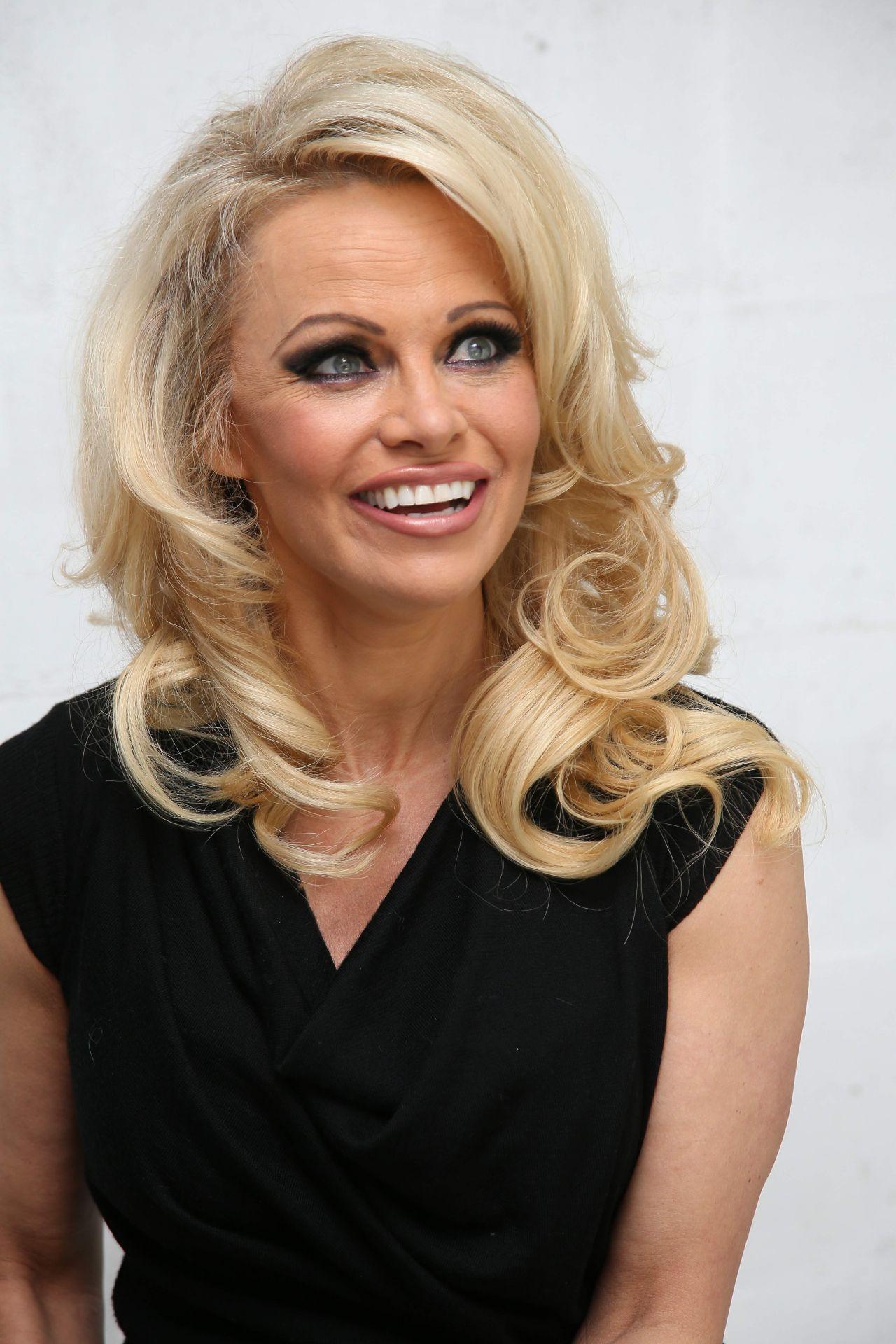 Pamela Anderson Amelie Pichard X Pamela Anderson Shoe