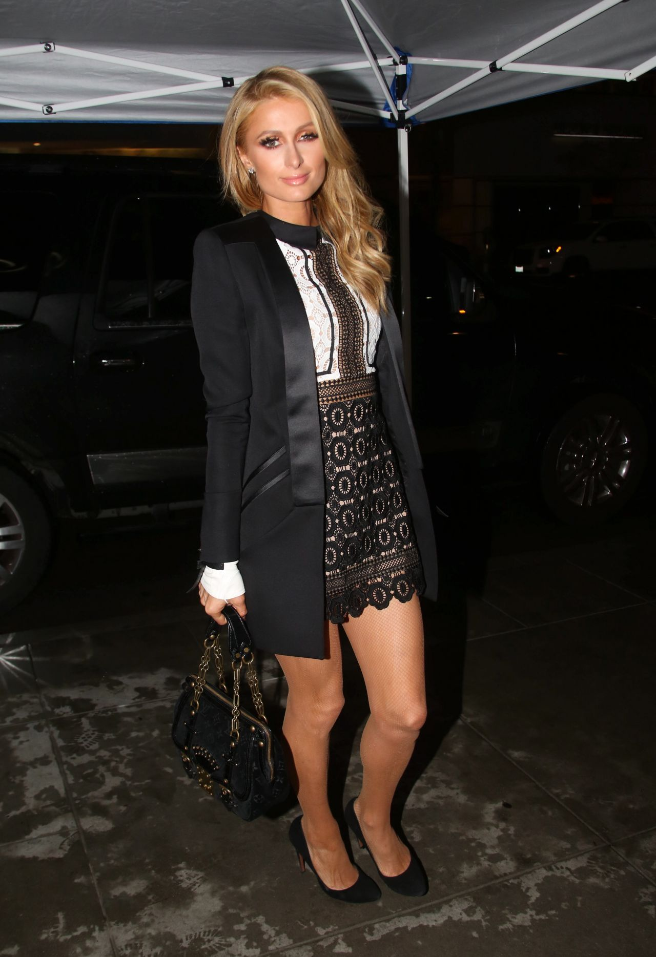Paris Hilton Night Out Style - The Palm Restaurant in Beverly Hills 1 ... Paris Hilton