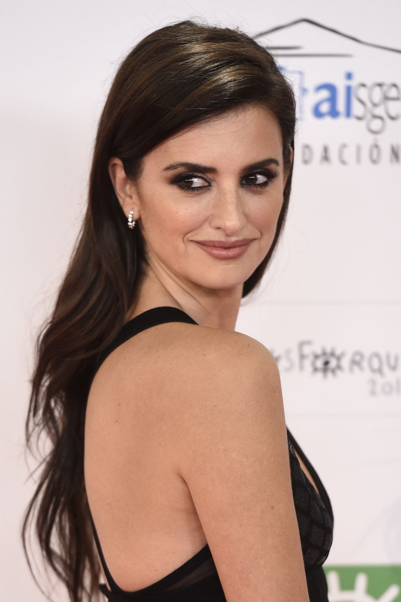 Penelope Cruz Xxi Jose Maria Forque Awards In Madrid 1
