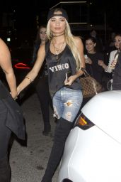 Pia Mia Perez – Leaving The Nice Guy in West Hollywood 1/24/2016