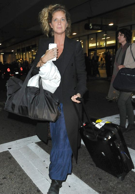Rachel Hunter at LAX - Arrives in Los Angeles, CA 1/19/2016