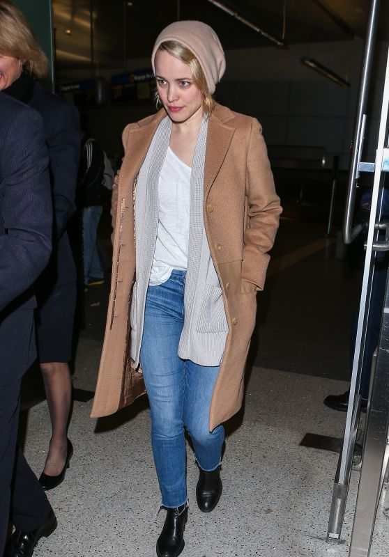 Rachel McAdams at LAX Airport, 1/9/2016