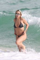 Rita Ora Hot in a Bikini – Beach in Miami 12/30/2015 Part II