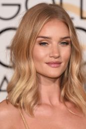 Rosie Huntington-Whiteley – 2016 Golden Globe Awards in Beverly Hills