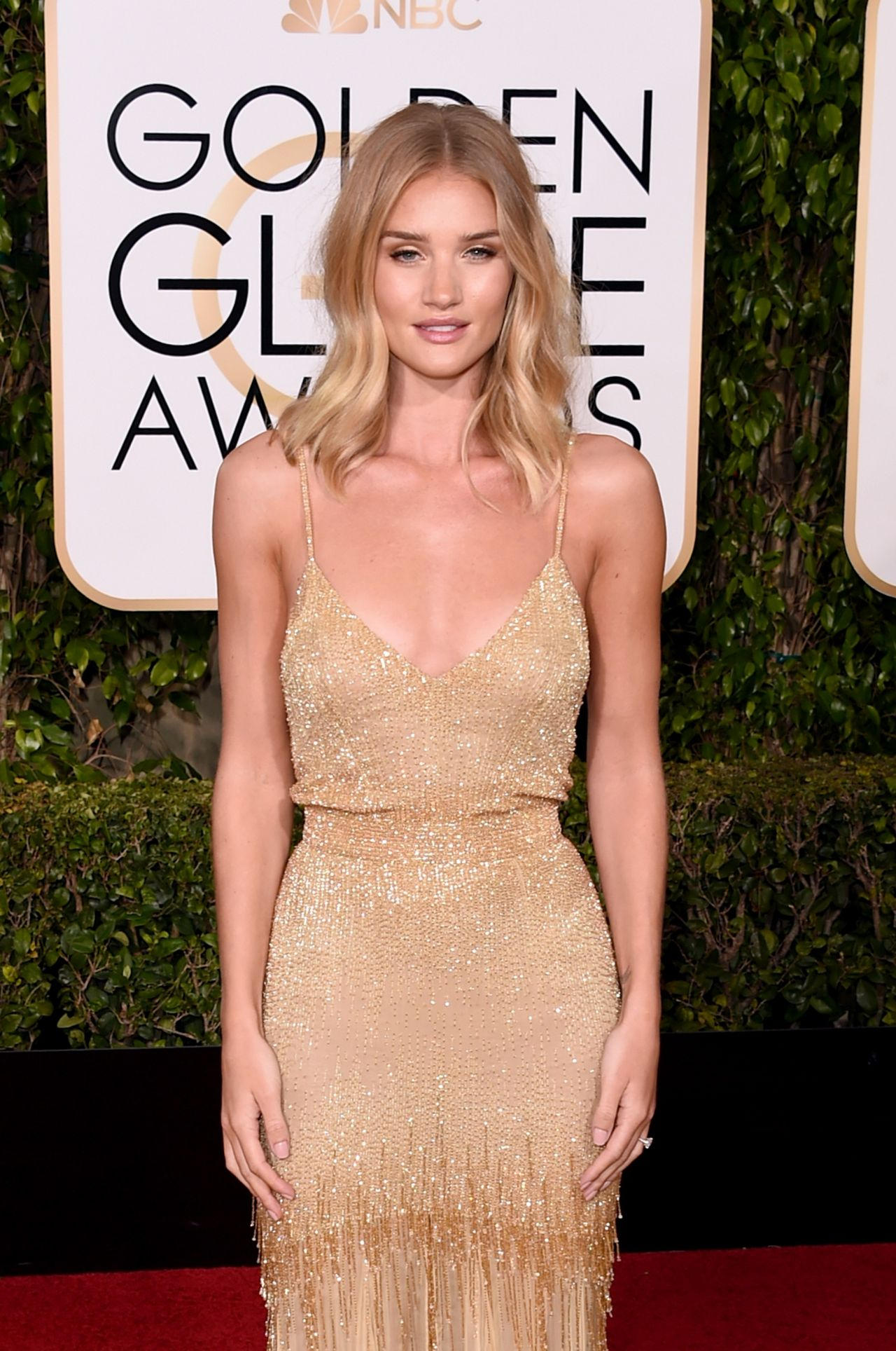 Rosie Huntington-Whiteley – 2016 Golden Globe Awards in Beverly ...