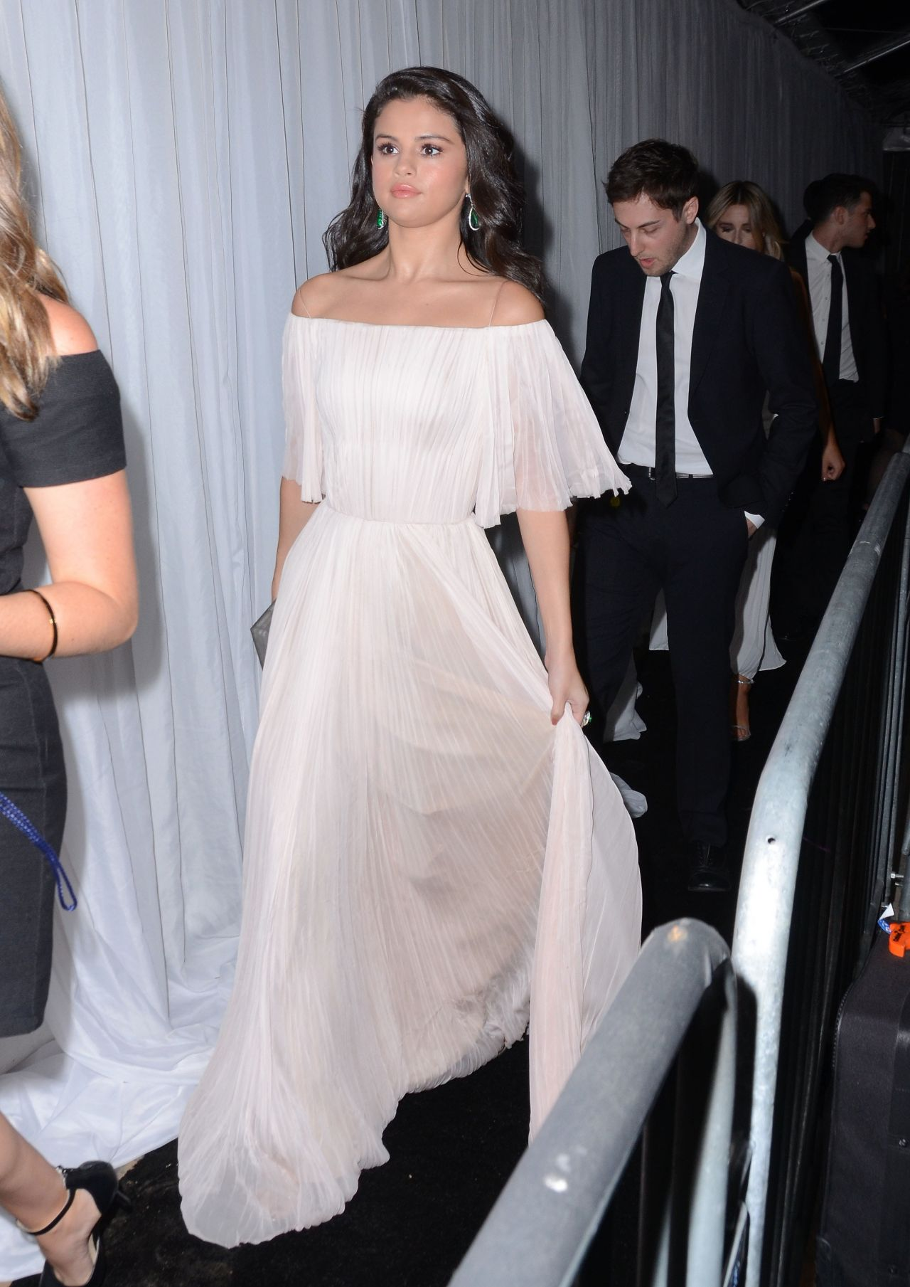 Selena Gomez Fox And Fx S 2016 Golden Globe Awards Party