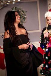 Selena Gomez – Social Media Photos – December 2015 Collection