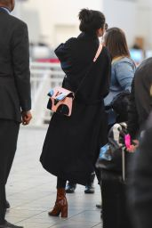 Selena Gomez Street Style - Arriving at Laguardia Airport in New York 1/25/2016