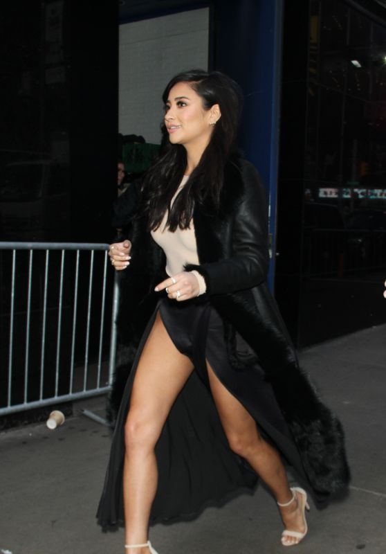 Shay Mitchell Shows Off Her Legs - Visits Good Morning America in New York City, January 2016