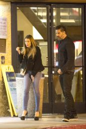Sofia Vergara Street Style - Medicinal Herb Dispensary in Studio City 1/24/2016