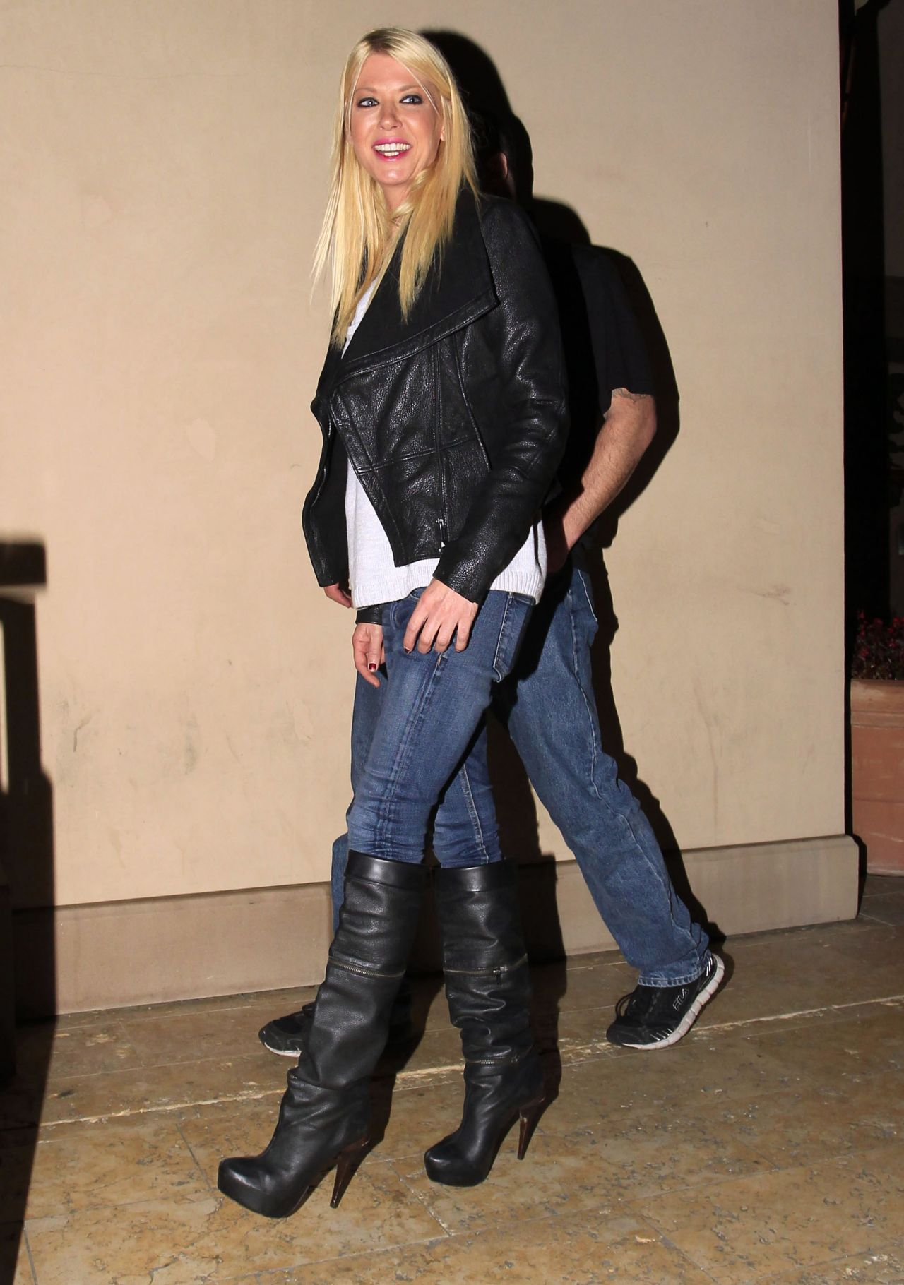 Tara Reid In Jeans And Knee High Boots At Bouchon In