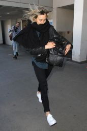 Taylor Schilling at LAX Airport, January 2016