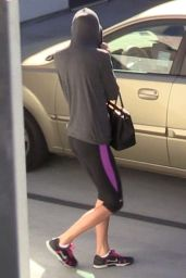 Taylor Swift in Leggings - Leaving a Gym in LA 1/27/2016